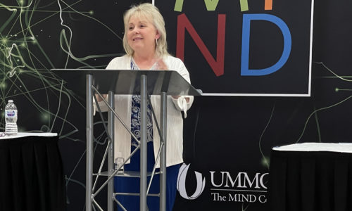 Faculty Presents at National Conference
